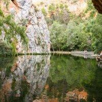 Зеркальное озеро в окружении ... :: Mila .