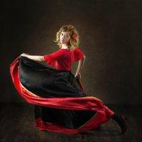 Танцовщица :: Юрий Лужавин
