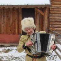 мужичок с гармошкой :: Дмитрий Солоненко