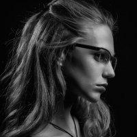 Portrait In profile. Photo model. Studio. Фототеатр. :: krivitskiy Кривицкий