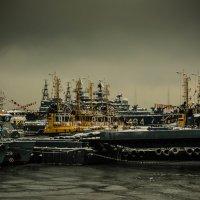 Зимний причал, Североморск :: вадим измайлов