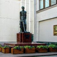 Чехов в Камергерском переулке :: Анатолий Колосов