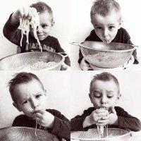 Если уж и кушать, то с аппетитом и от души:-) :: Вячеслав Ложкин