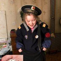Дедушка, вот тебе яблочко ))) :: Виктор Грузнов