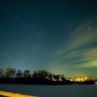 Ночь над поселком :: Артём