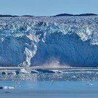 обрушение ледника :: Георгий