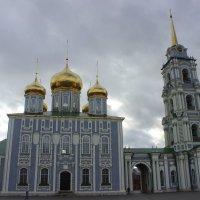 Тула. Успенский собор и колокольня :: Дмитрий Солоненко