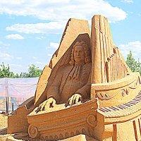 Выставка песчаных скульптур в Коломенском. :: Владимир Драгунский