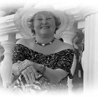 Единственное, что женщина помнит твердо, — это возраст других женщин.... :: Tatiana Markova