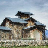 Лыхненский храм Успения Богородицы. Абхазия. :: Вера Катан