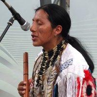 Индейцы поют свои зажигательные песни :: Ирина Via