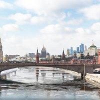 Март :: Валерий Пегушев