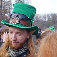 Юноша в зеленой шляпе :: Игорь