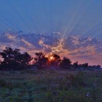 Рассвет в августе :: Валентина Пирогова