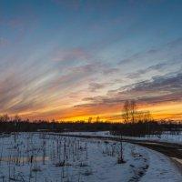 Деревня, закат :: Pavel Shardyko