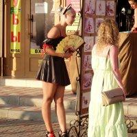 Девушка с веером :: Вик Токарев