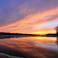 Весенний закат на Волге :: Алексей Баринов