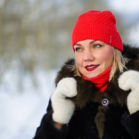 Красная шапочка :: Татьяна Вобликова