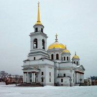 Ново-Тихвинский женский монастырь, с другой стороны. :: Пётр Сесекин