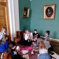 Дети в музее. :: венера чуйкова