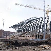 Строительство стадиона к Универсиаде в Красноярске :: Галина Щербакова