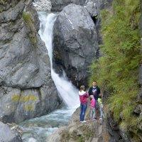 Водопад на реке Кынгырга :: Анатолий Цыганок