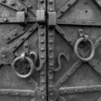 Врата... Заходим? :: Peripatetik