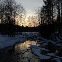 Закат на реке Кыж :: Валерий Чепкасов