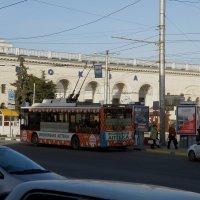 Утро у вокзала :: Александр Рыжов