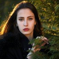 Портрет в саду :: Юрий Тарасов