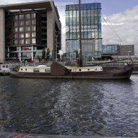 Берега каналов Амстердама :: Александр Рябчиков