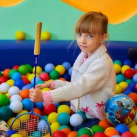Девочка с мячами :: Николай Николенко