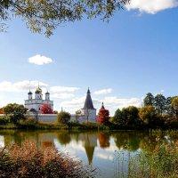 Осень в Теряево :: Oleg S