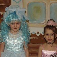Две куколки. :: нина