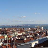 Лиссабонские крыши :: Elena