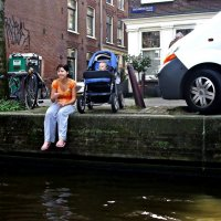 проплывая Амстердамом :: Александр Корчемный