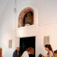 Посещение христианского храма :: Svetlana Erashchenkova