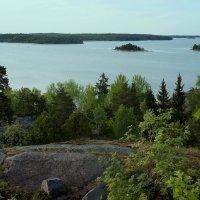 Вид на пролив с высокой скалы, на которой была построена башня Нотвиксторнет :: Елена Павлова (Смолова)