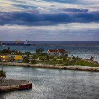 На пути к Багамским островам :: Яков Геллер