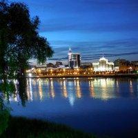 Ночная Казань. Озеро Кабан :: Надежда
