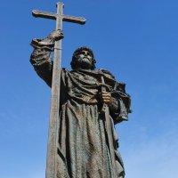 Памятник Князю Владимиру :: Константин Анисимов