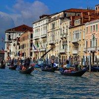 Стоянка  гондол в Венеции. :: vodonos241