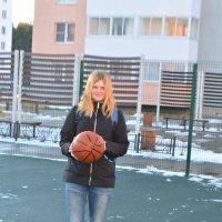 Баскетбол среди луж и снега :: Харон