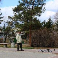 На прогулке :: раиса Орловская