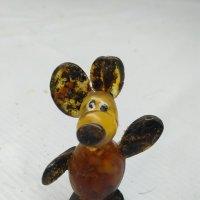 Янтарная мышка :: Сергей Карачин