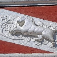 Лепнина на воротах храма :: Галина Каюмова