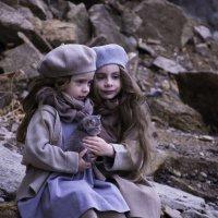 Катя и Маша. :: Светлана Бурлина