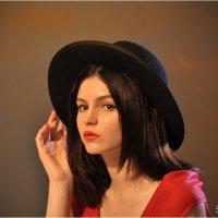 Девушка в шляпке ))) :: Алена Засовина