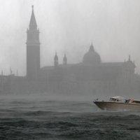 Ураган в Венеции :: skijumper Иванов