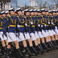 подготовка к параду :: александр